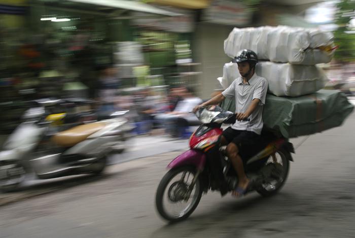 Motos en Vietnam - Ana Cañizal