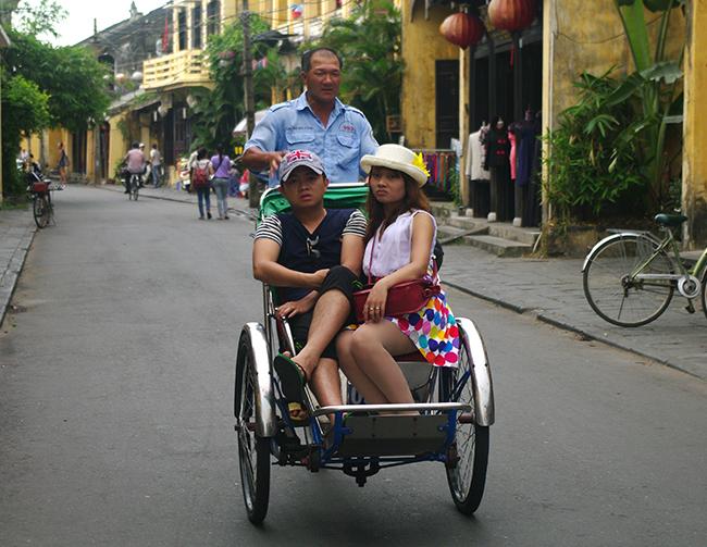 HOI-AN-VIETNAM-ANA-CANIZAL